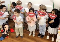نادي ثنايا ينظم حملة توعویة في مدارس دار العلوم ومناھل الغد