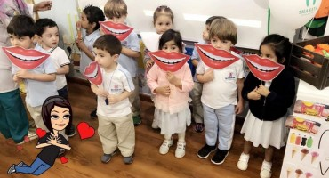 Thanaayaa Club organises an awareness campaign at Dar Al Uloom and Manahil Al-Ghad schools