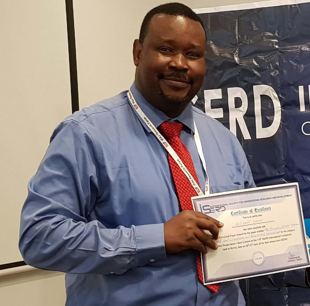 """عضو هيئة تدريس """"دار العلوم"""" يحصد جائزة التميز في مؤتمر الباحثين"""